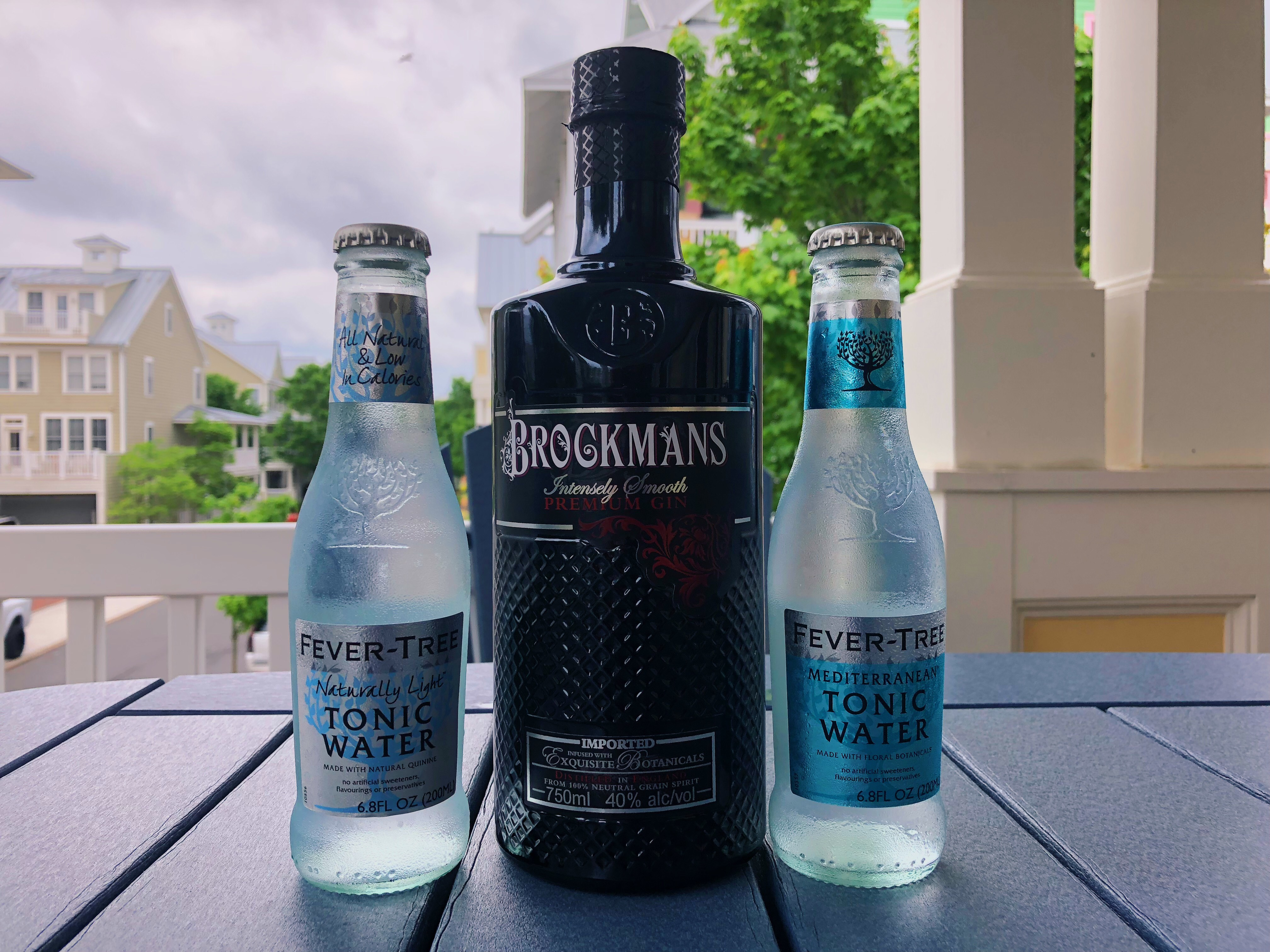 healthy-summer-gin-and-tonic-cocktail-recipe-brockmans